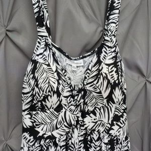 Spaghetti strap black & white large dress